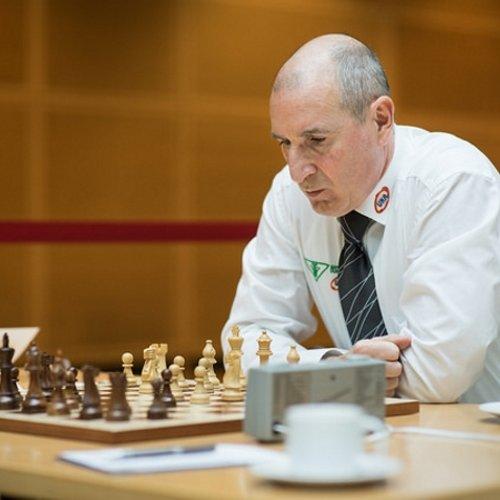 Schachbundesliga: Der Geschäftsführende Gesellschafter der UKA-Gruppe Gernot Gauglitz im Interview