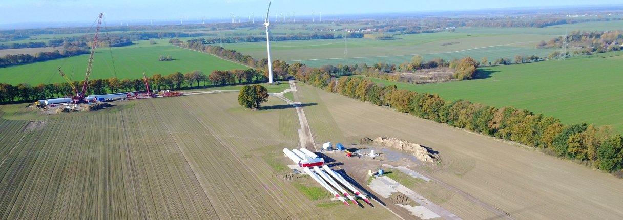 Bau des Windenergieparks Warnsdorf. Quelle: Vestas Wind Systems A/S
