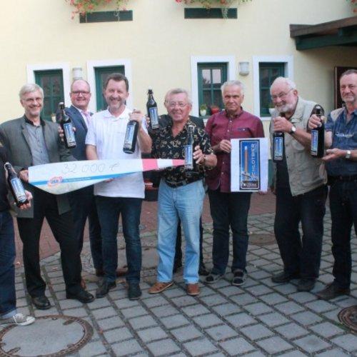 Die UKA-Gruppe spendet 32.000 Euro für die Sanierung in der Brikettfabrik LOUISE