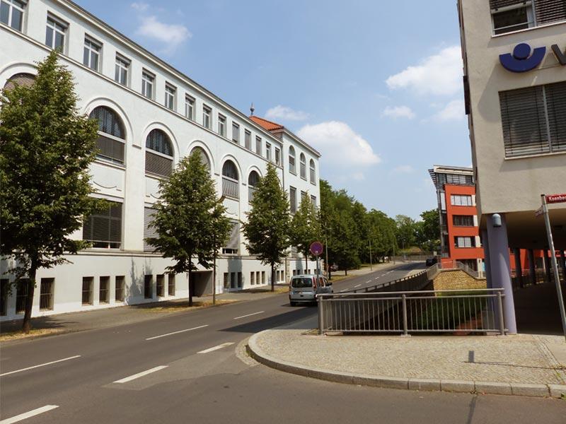 Gebäude des UKA-Standortes in Erfurt.
