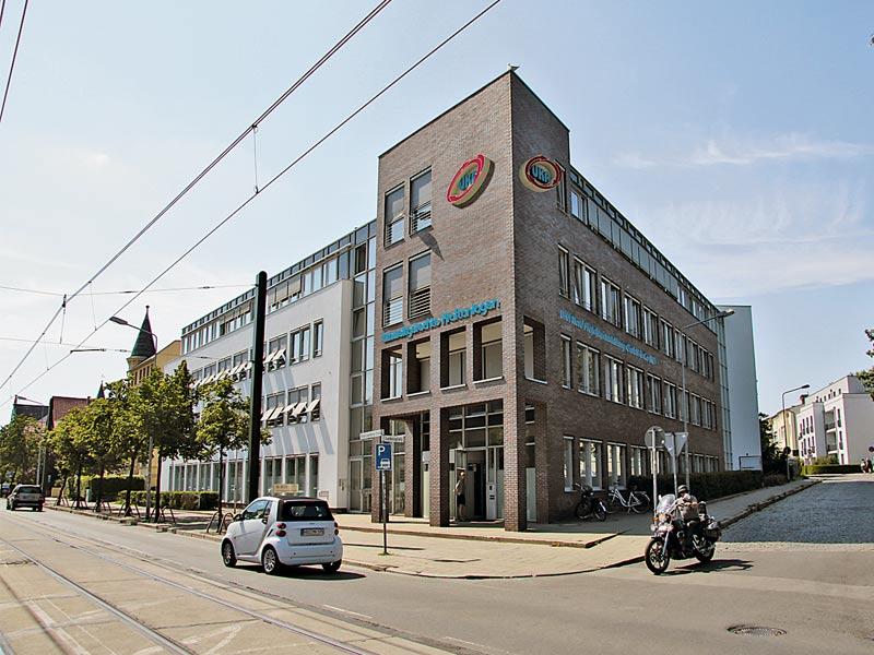 Gebäude des UKA-Standortes in Rostock.